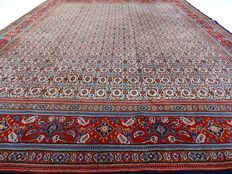 "Maud – 333 x 262 cm – ""Modern Persian carpet in beautiful condition"" – Note! No reserve price: starts at €1."