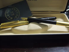 Fountain pen and pencil holder Aurora 88 with gold plated nib