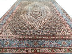 "Maud – 310 x 215 cm. – ""Large Persian carpet in baby blue, beautiful worn condition"""