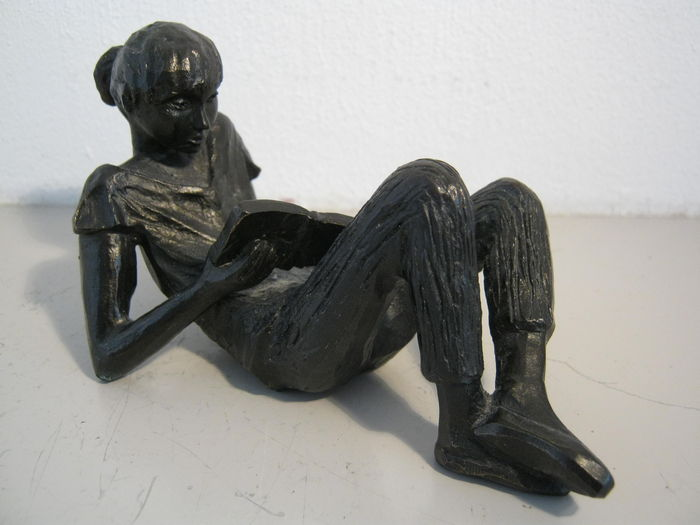 "Gerda Rubinstein commissioned for MS Research Voorschoten Netherlands - sculpture ""Bookworm"""
