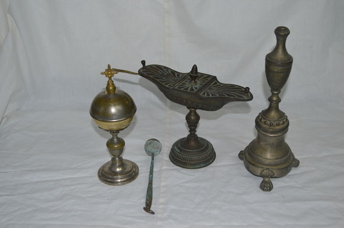 Lot of four items for the mass, silver metal - 19th century, Italy