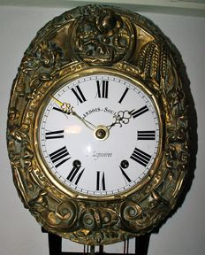 Comtoise clock – Brass flower depiction – 1890 period