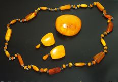 Vintage Baltic amber jewelry set, egg yolk colour, weight 60gr