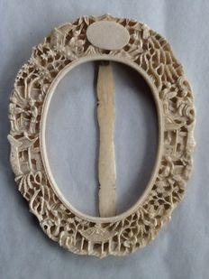 Ivory frame from Canton - China - around 1880 - 1900.