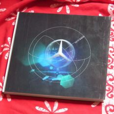 Mercedes-Benz; Brochure with beautiful hologram - 2013