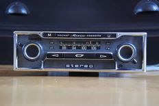 Becker Mexico vollstereo cassette classic car radio with FM - 1975