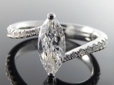 Diamond ring marquise cut diamond with IGI certificate of 0.63 ct & 16 diamonds, 0.83 ct in total