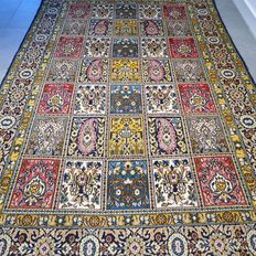 Unique, detailed Ghom Persian carpet – 213 x 140 – collector's item – with certificate