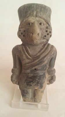 Pre-columbians pottery Manteno figure - height 110 mm