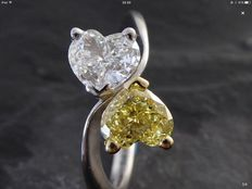 18 kt ring with diamonds, 1.10 ct in total - size 52