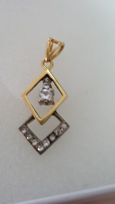 Pendant – 14 kt two-tone gold – With 10 diamonds totalling 0.14 ct