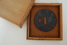 Tsuba from the Shôami School - Japan - 19th Century.
