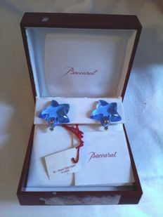 Blue crystal stars  earrings 18 kt gold – Blue crystal – 2.7 cm – Weight: 94 g – Baccarat