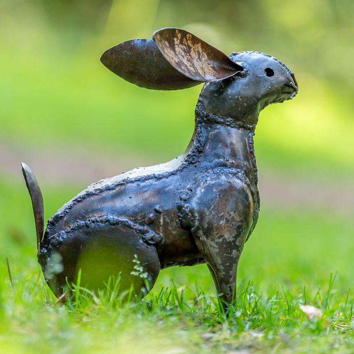 A metal Hare