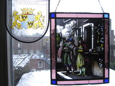 "Lot of two beautiful painted stained glass window pendant ""De Brillen Dealer "", ""coat of arms of GRONINGEN"" - 20th century"