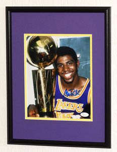 Magic Johnson original signed Photo - Deluxe Framed + COA from JSA