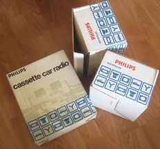 1975 Classic Philips 22RN347 Auto radio Stereo all transistor car audio + 2 loudspeakers set NOS