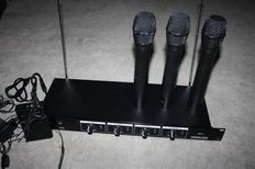 "4-channel wireless microphone system ""Ibiza 4vhf"""