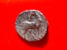 Ancient Hispania - Carthaginian occupation, (mobile mint travelling with troops in Southern Spain during II Punic War (218-210 B.C.), silver 1/2 shekel (4,35 g. 18 mm.) Tanit head / horse. Rare.