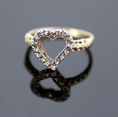 Victorian 19th Century  18K Yellow Gold Heart Ladies Ring With Rose Cut Diamonds (  0.17 CT Total )