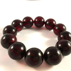 Baltic amber bracelet, dark cherry colour, no reserve, 36.6 gr.