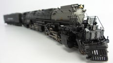 "Broadway Limited H0 - 5083 - Steam locomotive with pulled tender ""Big Boy"" from Union Pacific"