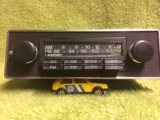 Blaupunkt Frankfurt car radio - properly playing stereo - FM / AM - 1970s
