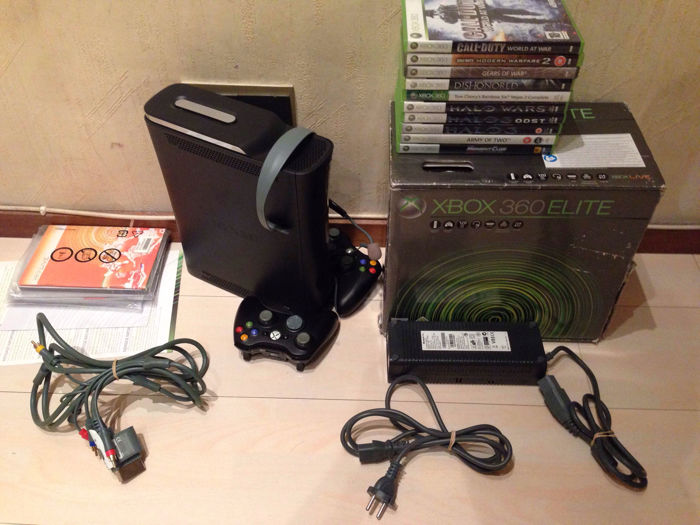 Boxed xbox 360 elite 120gb - complete with manuals and cables