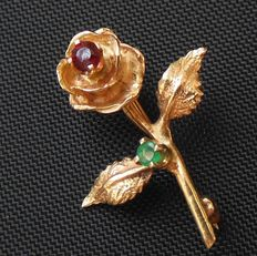 Marked - James Avery - USA - Solid 14k Gold  Rose Brooch with genuine Ruby and Emerald - Pristine