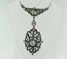 Victorian era - platinum necklace with a silver centrepiece set with various rose cut diamonds