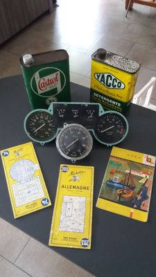 Lancia Fulvia -  Veglia Borletti and Jaeger counters - Lancia Fulvia 1.3 S rally - oil cans - road maps.