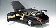 AUTOart - Scale 1/18 - Mercedes-Benz CL-Klasse 2006 - colour Black