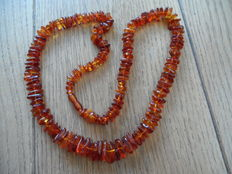 Necklace made of Baltic amber in cognac colour with amber clasp