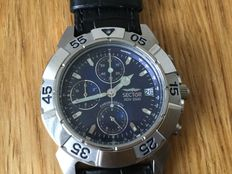 SECTOR ,ADV2500 NO LIMITS , GENTLEMENS Wristwatch. Unsure of age.