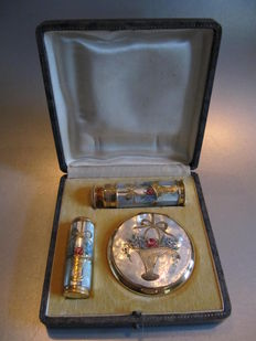 L'AIGLON BREVETE SGDG - Mother of pearl vanity set:  Perfume Atomizer - Powder compact - Lipstickholder, France, late 1930's,