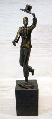 "Rob Verhoeven - ""Chapeau"", bronze on natural stone, signed"