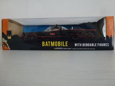 Batman - NJCroce - scale 1 / 24 - Batmobile with bendable figures - TV series 1966