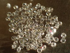 Lot of 100 brilliant cut diamonds of 1.00 mm, 0.50 ct weight in total, E/VVS