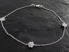 Diamond flower bracelet 0,42 ct