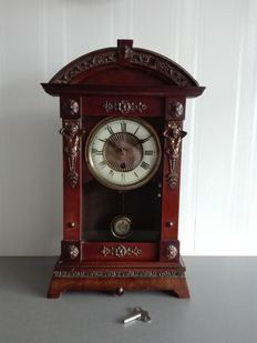 German table clock, period approx. 1910