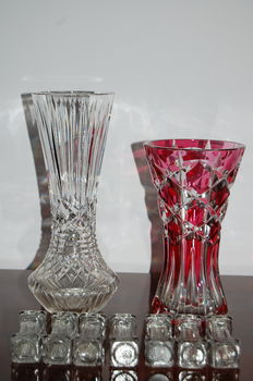 Val St. Lambert marked - 2 crystal vases and 7 cutlery holders, Belgium, 2nd half 20th century.