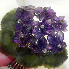 585 gold brooch, bouquet of violets, diamonds, jade and amethyst flowers