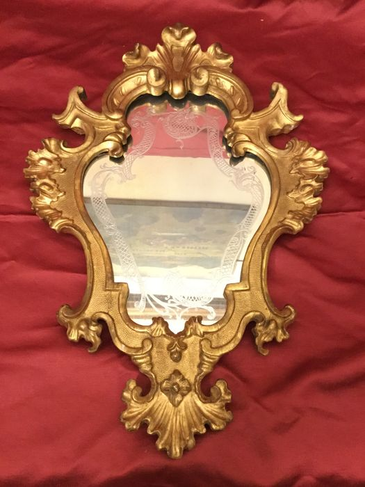 Venetian wooden wall mirror gilt in pure gold leaf, with ground mirror glass - Venice, Italy - ca. 1900
