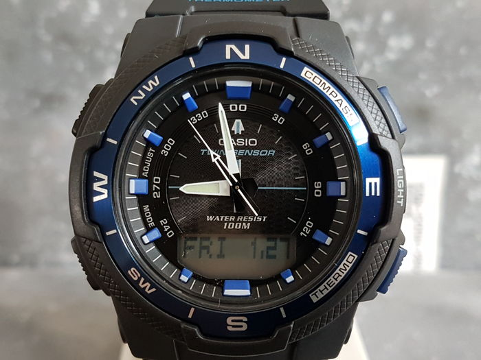 Casio  – men's wristwatch - unworn - 2017.