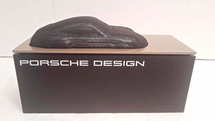 Porsche Design – sculpture 911 base - 165 x 65 x 70 mm