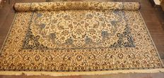 Handknotted Nain nola - Persian - 630 x 395 cm - Second half 20th century