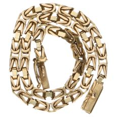 Yellow gold Byzantine link bracelet. With safety clasp.