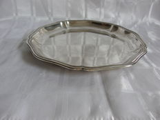 Silver tray/dish with profile edges, Emile Puiforcat, France, ca. 1935