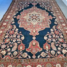 Beautiful Tabriz Persian carpet – 202 x 125 – with certificate