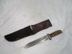 84/98-Seitengewehr bayonet converted into bowie knife with sheath animal skin -2 makers
